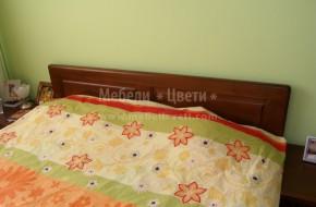 Български мебели за спалня по поръчка, изработени от бук.