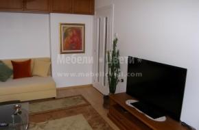 Мебели с корпуси от ПДЧ фурнир и лице бук.