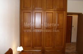 Спалнята включва предна табла, задна табла, два броя царги от дърво и среден носещ крак.