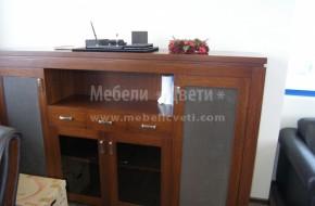 Обзавеждане от дърводъбов масив за офиси или кабинети с уникално съчетание на фладера на дъбът с мекотата на естествената кожа .