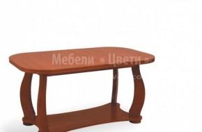 Долният и горният плот на масата са изработени от буков фурнир  Масата е разтегателна