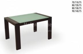 Стъклото на масата е матирано и кантирано ,направен е фасет 10мм