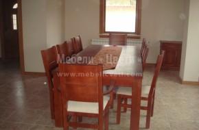 Маса от череша. Масивна маса за трапезария  от череша с букови столове, байцвани в един и същи цвят.