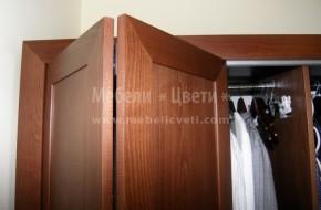 Гардеробът може да е за детска стая ,спалня или коридор