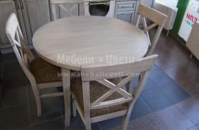 Кръгла маса за хранене от бук, произведена в Троян. Размерите и цветът са по поръчка на клиента.