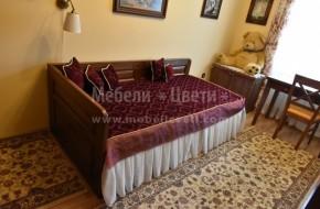 Легло с механизъм и двулицева табла към главата,комбиниран гардероб със скрин,шкаф за телевизор,двойна витрина и бюро със стол.