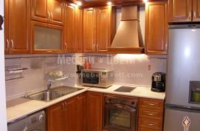Ъглова кухня от масивен бук по поръчка или каталог.Букови мебели за кухня цена 3900 лева